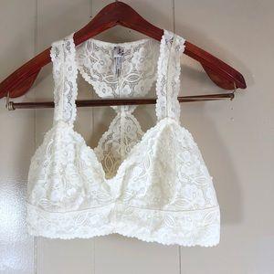 Free people medium ivory lace bralette
